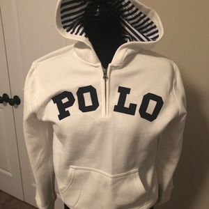 Polo pull over hoodie